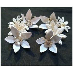 🌹Torrid NEW Blush Floral Drop Statement Earrings